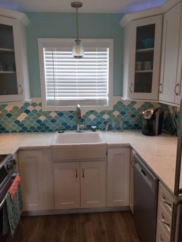 Shoreline sink kitchen remodel